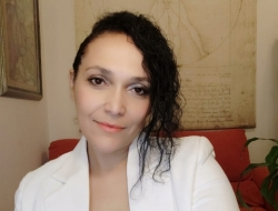 Victoria Fernandez Samodaeva, Asistente